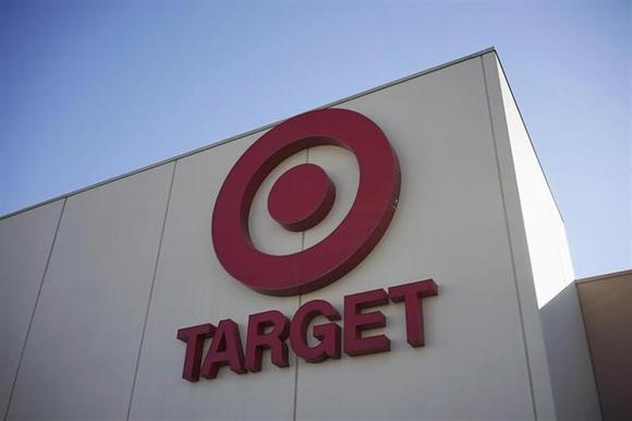 The sign outside the Target store is seen in Arvada, Colorado January 10, 2014. REUTERS/Rick Wilking/Files