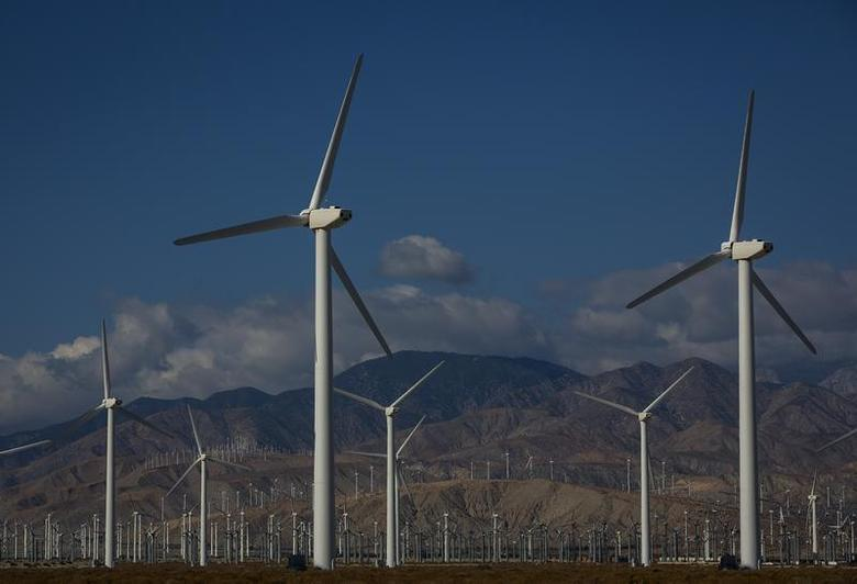 Wind turbines are seen in Palm Springs, California December 20, 2013. REUTERS/Eric Thayer