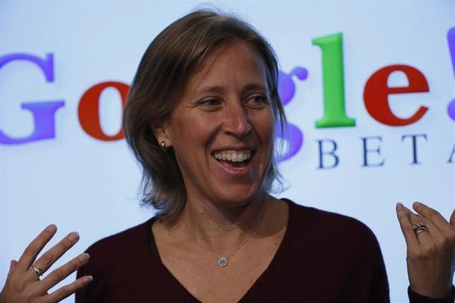 Susan Wojcicki speaks at the garage where the company was founded on Google's 15th anniversary in Menlo Park, California September 26, 2013. REUTERS/Stephen Lam/Files