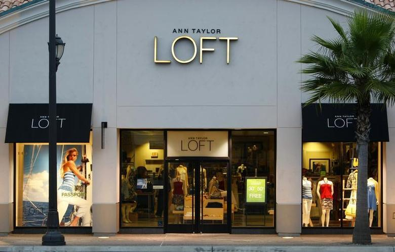 An Ann Taylor Store ''LOFT'' in Encinitas, California is shown here May 20, 2008. REUTERS/Mike Blake