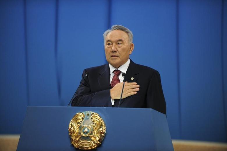 Kazakhstan's President Nursultan Nazarbayev speaks during his yearly state of the nation address in Astana December 14, 2012. REUTERS/Mukhtar Kholdorbekov