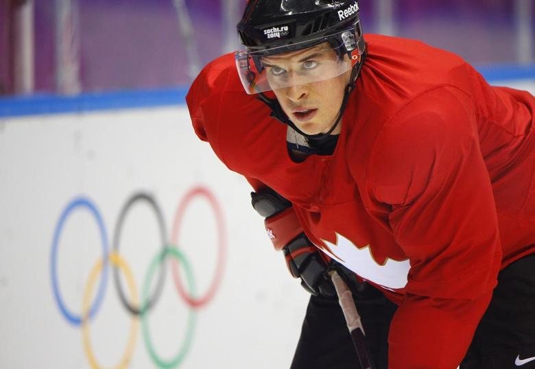 Canada's men's ice hockey player Sidney Crosby attends the team's first practice at the 2014 Sochi Winter Olympics, February 10, 2014. REUTERS/Brian Snyder