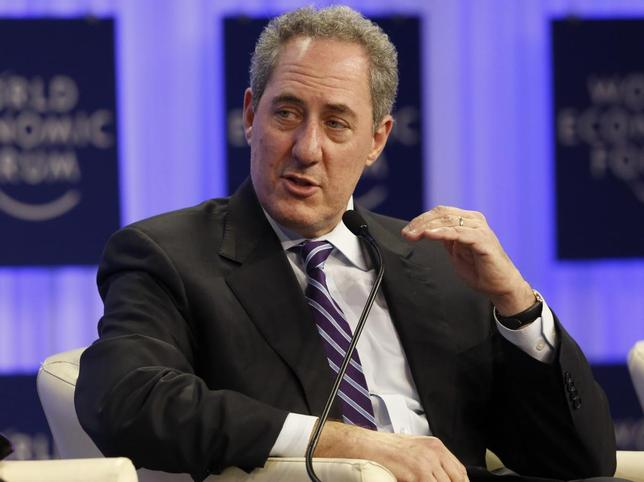 Michael Froman, U.S. Trade Representative gestures during a session at the annual meeting of the World Economic Forum (WEF) in Davos January 23, 2014. REUTERS/Ruben Sprich