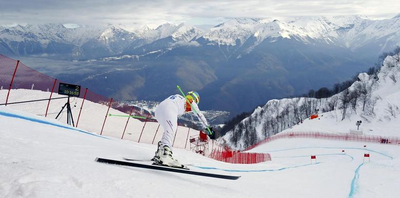 Ted Ligety of the U.S. prepares to start his downhill run of the men's alpine skiing super combined training session at the 2014 Sochi Winter Olympics at the Rosa Khutor Alpine Center February 11, 2014. REUTERS/Ruben Sprich