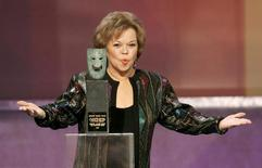 Actress and former diplomat, Shirley Temple Black, 77, accepts the Screen Actors Guild Life Achievement Award at the 12th annual Screen Actors Guild Awards in Los Angeles, California January 29, 2006. - RTXO6UP