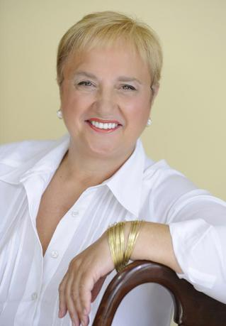 American chef Lidia Bastianich poses in a photo in 2011 provided by Alfred A. Knopf, a division of Random House, to Reuters on February 10, 2014. REUTERS/Diana DeLucia/Handout via Reuters