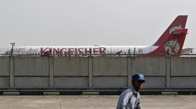 A Kingfisher Airlines aircraft is seen parked at the airport in New Delhi May 30, 2013. REUTERS/Anindito Mukherjee/Files