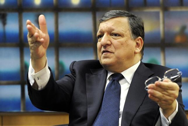 European Commission President Jose Manuel Barroso talks during an interview with Reuters in his office at the EU Commission headquarters in Brussels February 11, 2014. REUTERS/Laurent Dubrule