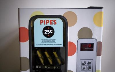 Crack pipe vending machine