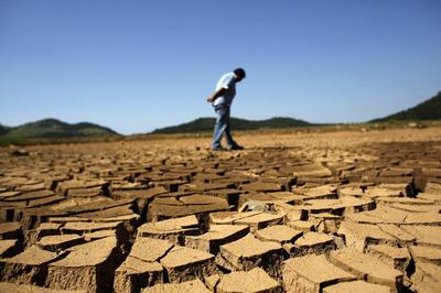 Exclusive: Drought could make Brazil lower 2014 fiscal...