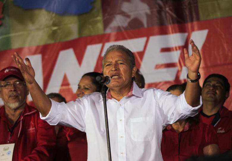 Salvador Sanchez Ceren, presidential candidate for the Farabundo Marti Front for National Liberation (FMLN), speaks to his supporters after the official results in San Salvador February 3, 2014 file photo. REUTERS/Henry Romero