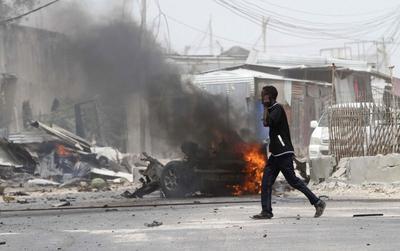 Al Shabaab car bomb hits U.N. convoy, killing seven...