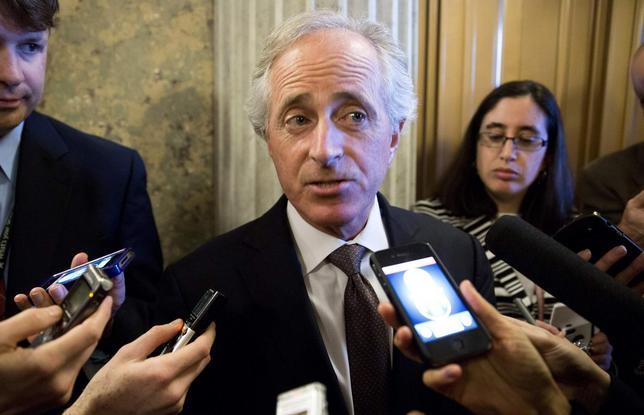 Senator Bob Corker (R-TN) speaks to reporters during the 14th day of the partial government shut down in Washington on October 14, 2013. REUTERS/Joshua Roberts