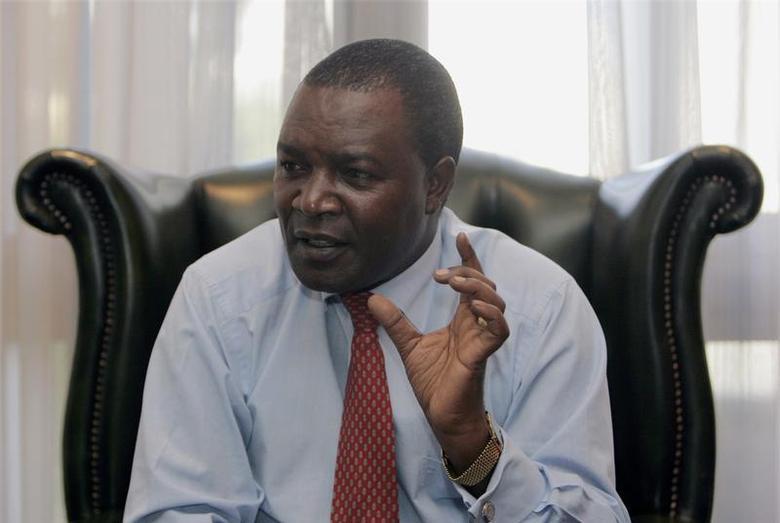Kenya's Central Bank Governor Njuguna Ndung'u speaks to Reuters during an interview at his office in Nairobi November 24, 2008. . REUTERS/ Antony Njuguna