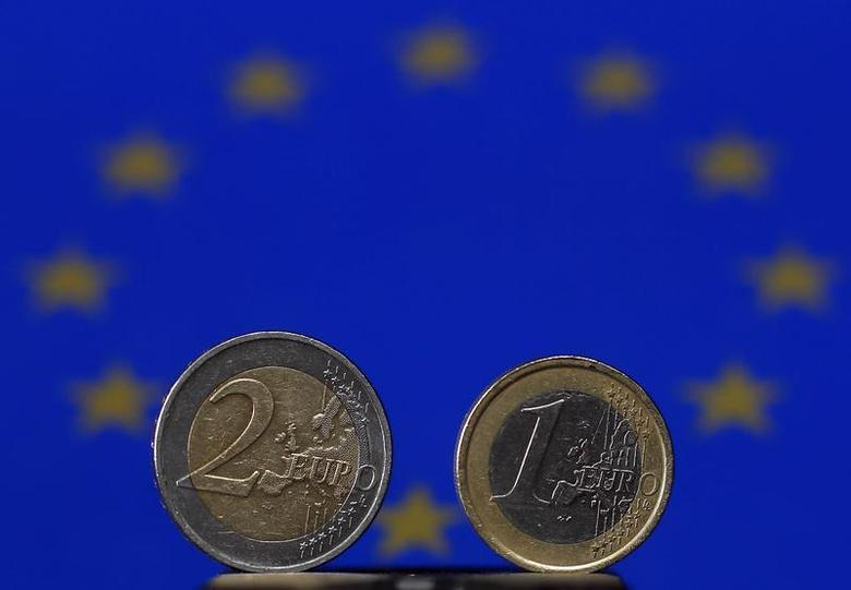 An illustration picture shows Euro coins, photographed in Warngau April 3, 2013. REUTERS/Michael Dalder