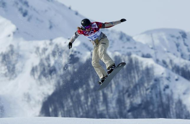 Lindsey Jacobellis of the U.S. competes during the women's snowboard cross qualification round at the 2014 Sochi Winter Olympic Games in Rosa Khutor February 16, 2014. REUTERS/Mike Blake