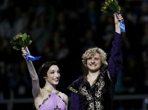 which ice dancers are dating