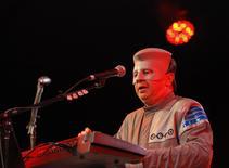 """Bob Casale of """"Devo"""" performs at the Coachella Music Festival in Indio, California April 17, 2010. REUTERS/Mario Anzuoni"""