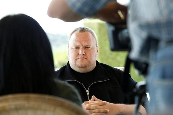 Kim Dotcom attends an interview with Reuters in Auckland January 19, 2013. REUTERS/Nigel Marple/Files