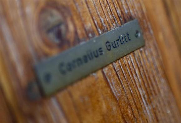 The name plate on the house of art collector Cornelius Gurlitt is pictured in Salzburg November 6, 2013. REUTERS/Dominic Ebenbichler