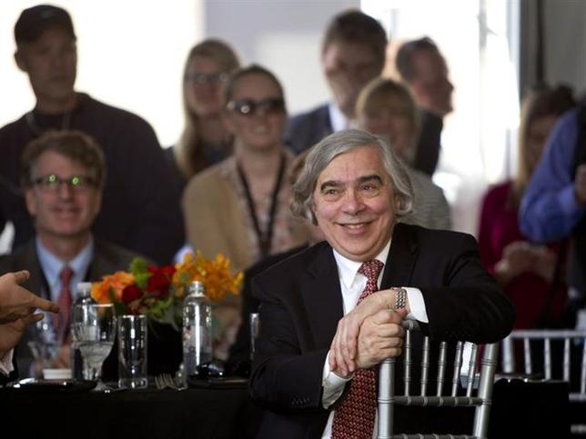 United States Secretary of Energy Ernest Moniz listens to speakers during the grand opening of the Ivanpah Solar Electric Generating System in the Mojave Desert near the California-Nevada border February 13, 2014. REUTERS/Steve Marcus