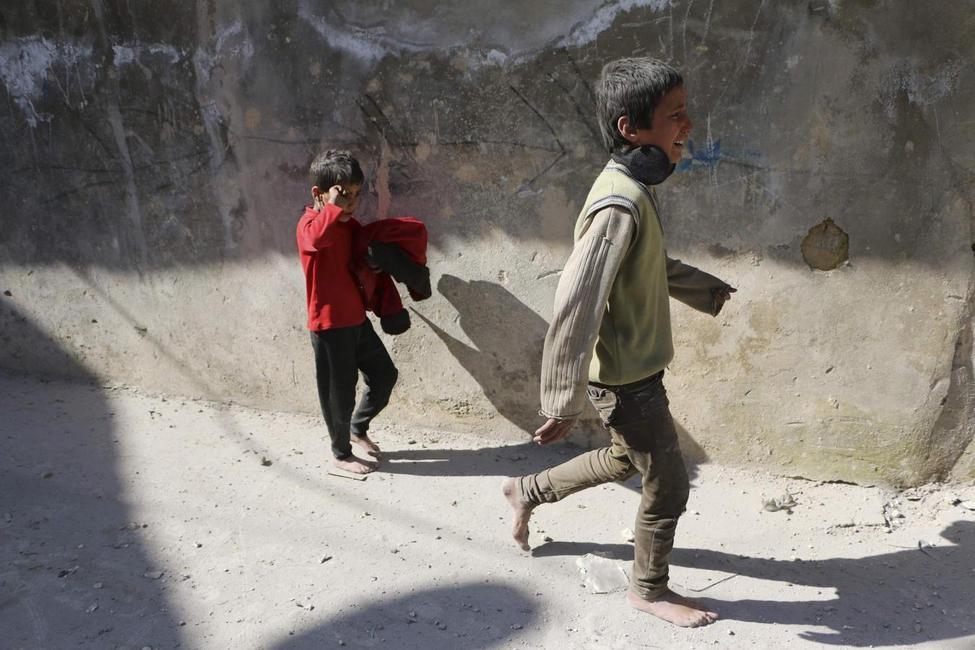 U.N. Security Council unanimously approves Syria aid...