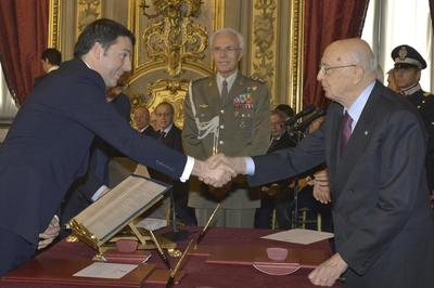 Italy's Renzi sworn in as prime minister