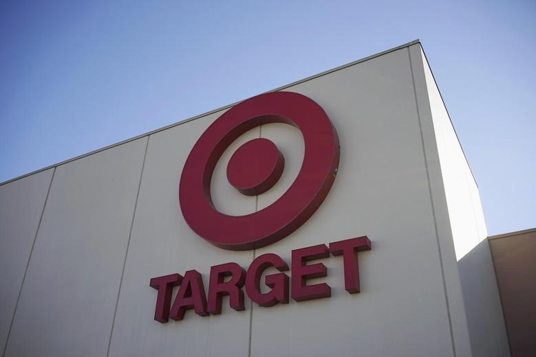 The sign outside the Target store is seen in Arvada, Colorado January 10, 2014. REUTERS/Rick Wilking
