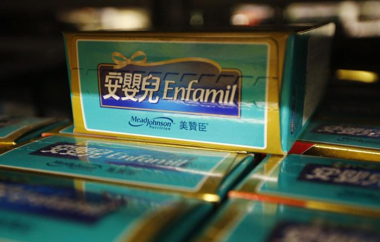 Mead Johnson Nutrition milk powder products are displayed at a supermarket in Beijing August 7, 2013. REUTERS/Kim Kyung-Hoon