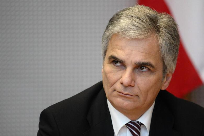 Austrian Chancellor Werner Faymann of the Social Democratic Party SPOe waits for a closed government meeting (Regierungsklausur) to begin in Waidhofen an der Ybbs, January 15, 2014. REUTERS/Heinz-Peter Bader