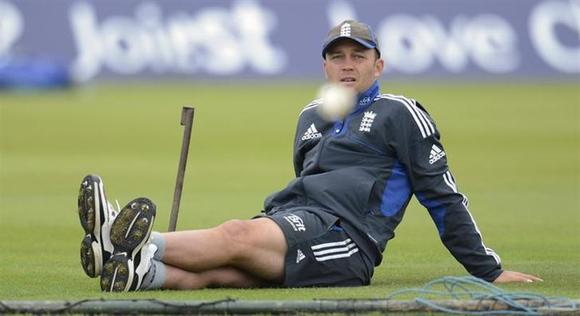 England's Jonathan Trott watches a ball during a training session before Tuesday's second one-day international cricket match against South Africa at the Ageas Bowl in Southampton August 27, 2012. REUTERS/Philip Brown/Files