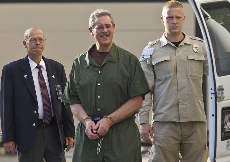 Convicted financier Allen Stanford, who is serving 110 years in prison for his $7 billion Ponzi scheme, arrives at Federal Court in Houston for sentencing June 14, 2012. REUTERS/RICHARD CARSON