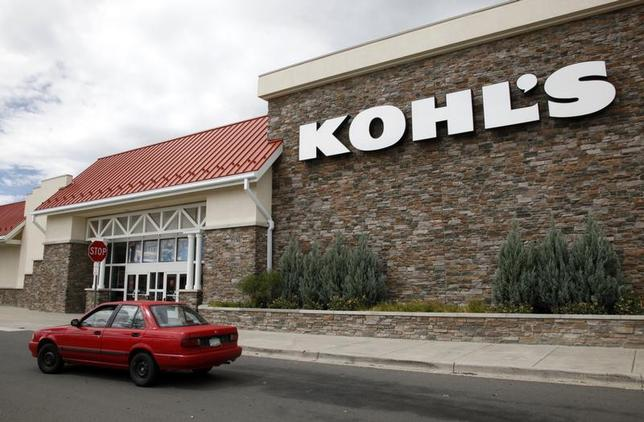 A car drives by the Kohl's department store in Arvada, Colorado August 12, 2010. REUTERS/Rick Wilking