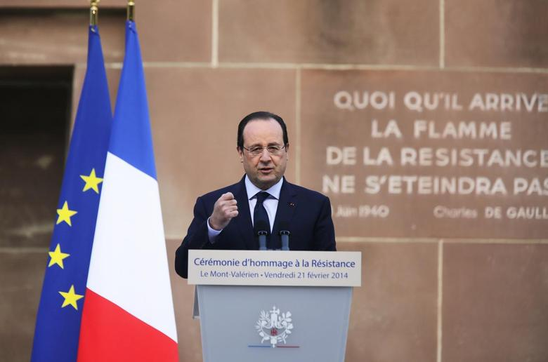 French President Francois Hollande delivers a speech as part of a ceremony in homage to the World War II French Resistance at the Mont Valerien memorial in Suresnes, near Paris, February 21, 2014 file photo.REUTERS/Remy de la Mauviniere/Pool