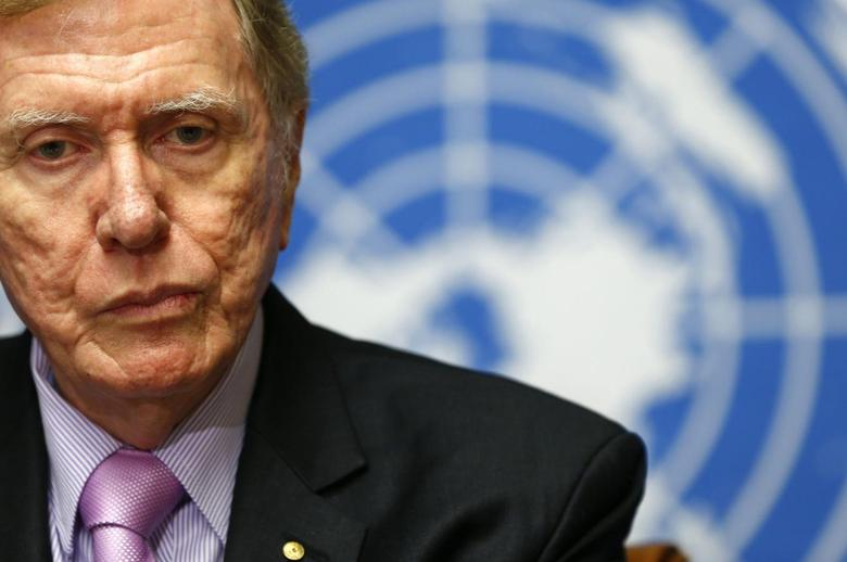 Michael Kirby, Chairperson of the Commission of Inquiry on Human Rights in North Korea, pauses during a news conference at the United Nations in Geneva February 17, 2014. REUTERS/Denis Balibouse