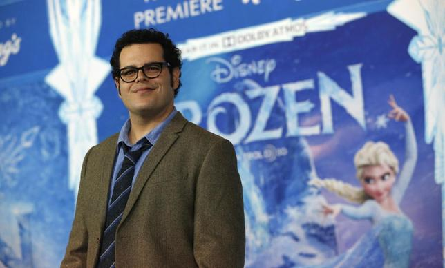 Cast member Josh Gad poses at the premiere of ''Frozen'' at El Capitan theatre in Hollywood, California November 19, 2013. The movie opens in the U.S. on November 27. REUTERS/Mario Anzuoni