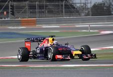 Red Bull Racing Formula One driver Sebastian Vettel of Germany test drives his car during the second Formula One testing in Bahrain International Circuit in Sakhir, south of Manama, February 27, 2014. REUTERS/Stringer