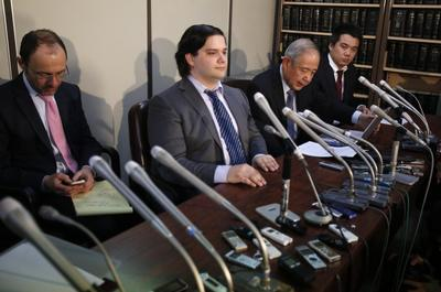 Mt. Gox files for bankruptcy, hit with lawsuit