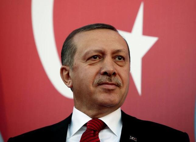 Turkey's Prime Minister Tayyip Erdogan attends a rally to welcome him to Lebanon in al-Kouachra village, northern Lebanon, November 24, 2010. REUTERS/Mohamed Azakir/Files