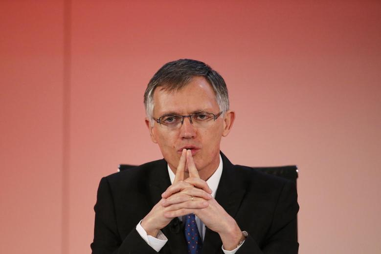 Carlos Tavares, incoming Chief Executive Officer of French carmaker PSA Peugeot Citroen, attends the company's 2013 results presentation and the news conference to unveil long-awaited Dongfeng deal in Paris February 19, 2014. REUTERS/Pascal Rossignol