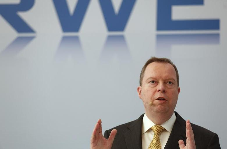 Peter Terium, CEO of RWE AG gestures during a news conference in Essen March 4, 2014. REUTERS/Ina Fassbender