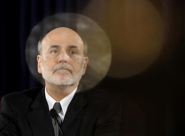 U.S. Federal Reserve Chairman Ben Bernanke pauses during a news conference following a two-day policy session in Washington November 2, 2011. REUTERS/Jason Reed