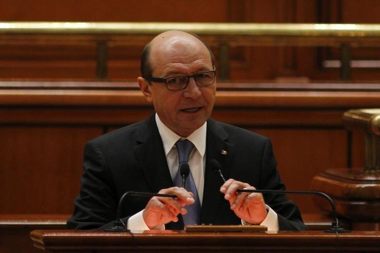 Romania's President Traian Basescu addresses the Parliament in Bucharest March 12, 2013. REUTERS/Bogdan Cristel