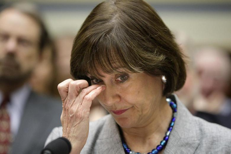 U.S. Internal Revenue Service Director of Exempt Organizations Lois Lerner waits before a House Oversight and Government Reform Committee hearing on targeting of political groups seeking tax-exempt status by the IRS, on Capitol Hill in Washington, in this May 22, 2013 file photo. REUTERS/Jonathan Ernst/Files