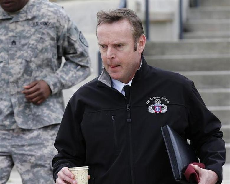 Brigadier General Jeffrey Sinclair leaves the courthouse for the day at Ft. Bragg in Fayetteville, North Carolina March 5, 2014. REUTERS/Ellen Ozier