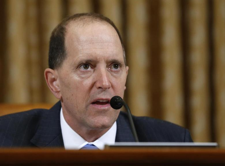 U.S. House Ways and Means Committee Chairman Dave Camp (R-MI) questions outgoing acting IRS Commissioner Steven Miller during a hearing on the Internal Revenue Service targeting conservative groups on Capitol Hill in Washington, May 17, 2013. REUTERS/Jason Reed