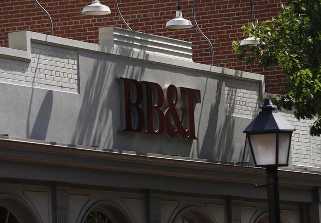 A BB&T bank is pictured in Alexandria, Virginia July 22, 2010. REUTERS/Molly Riley