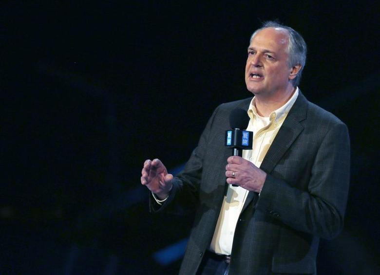 Unilever Chief Executive Officer (CEO) Paul Polman speaks at the WE Day UK event at Wembley Arena in London March 7, 2014. REUTERS/Luke MacGregor