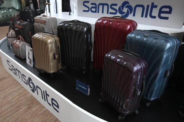 Samsonite luggages are displayed during an investors' luncheon presentation in Hong Kong May 30, 2011. REUTERS/Tyrone Siu