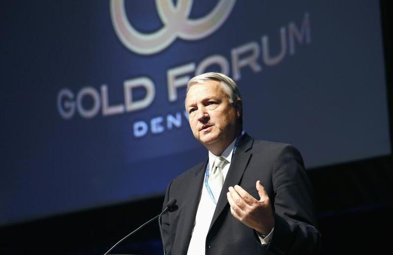 Jamie Sokalsky, CEO of Barrick Gold, speaks at the Denver Gold Forum industry conference in Denver September 24, 2013. REUTERS/Rick Wilking